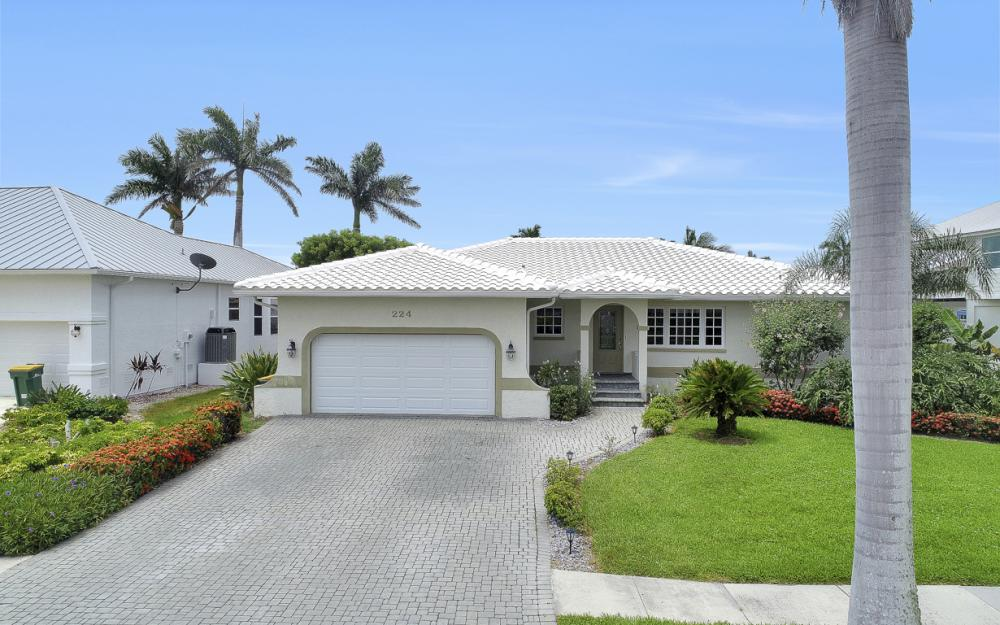 224 Seahorse Ct, Marco Island -Home For Sale 1754839426