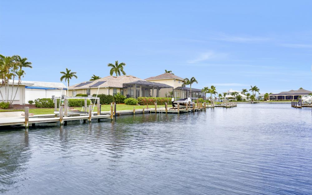 224 Seahorse Ct, Marco Island -Home For Sale 323037883