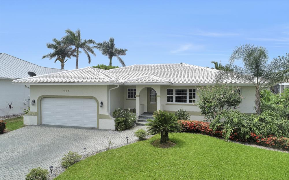 224 Seahorse Ct, Marco Island -Home For Sale 629204932