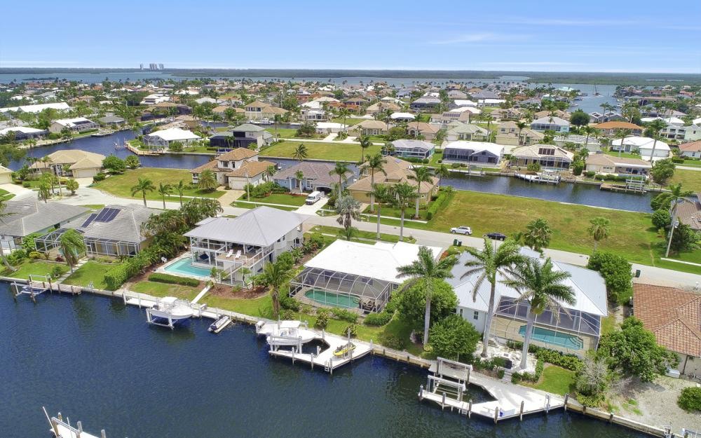 224 Seahorse Ct, Marco Island -Home For Sale 1627806536
