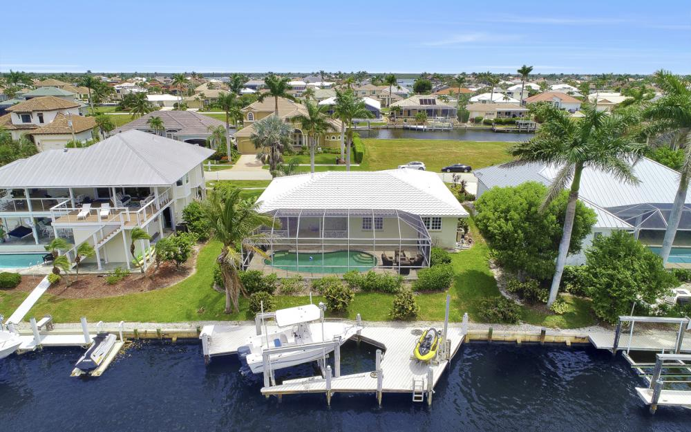 224 Seahorse Ct, Marco Island -Home For Sale 969438979