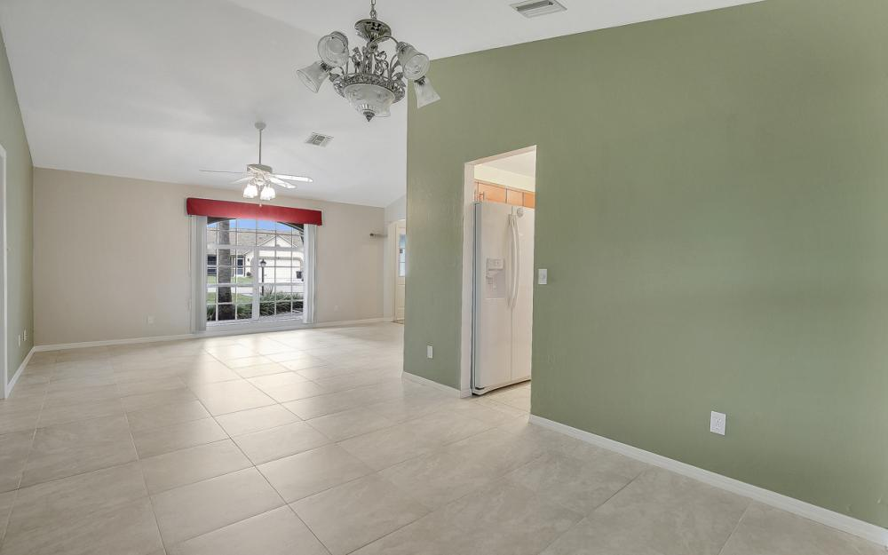 9750 Country Oaks Dr, Fort Myers - Home For Sale 1251078413