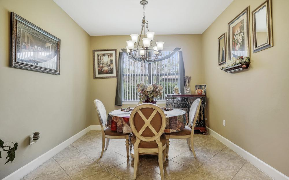 12066 Winfield Cir, Fort Myers - Home For Sale 992333012