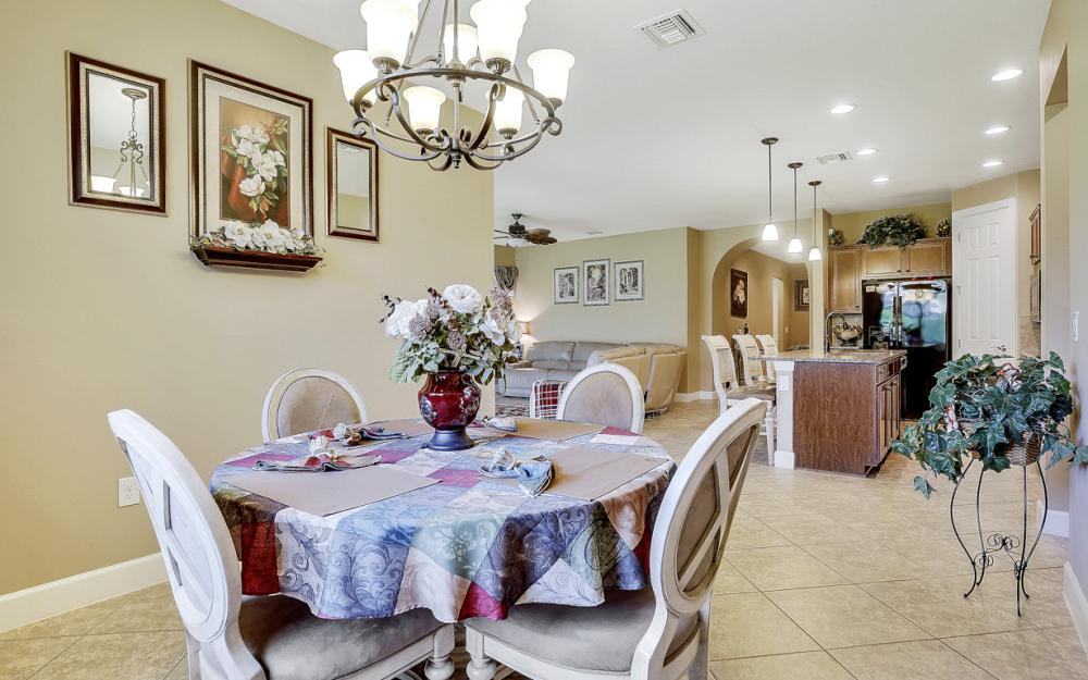 12066 Winfield Cir, Fort Myers - Home For Sale 969169764