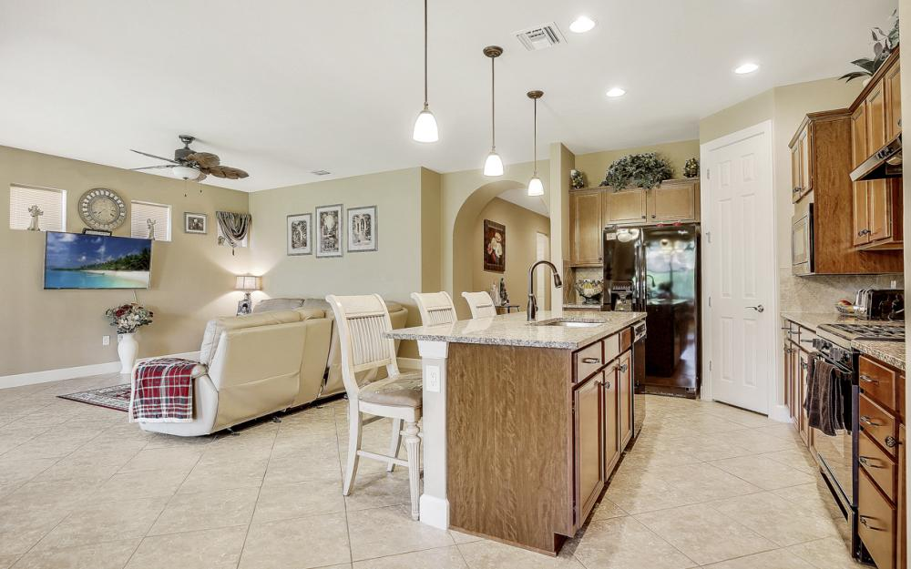12066 Winfield Cir, Fort Myers - Home For Sale 1353321617