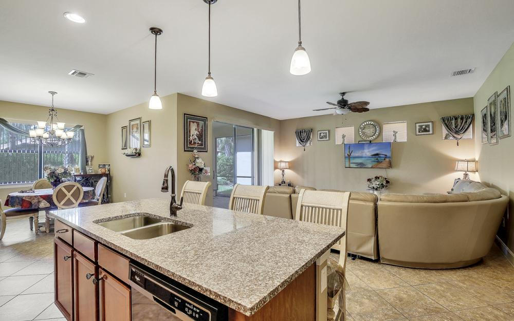 12066 Winfield Cir, Fort Myers - Home For Sale 2073628311