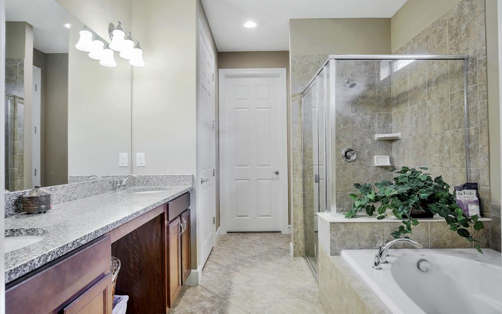 12066 Winfield Cir, Fort Myers - Home For Sale 596201169