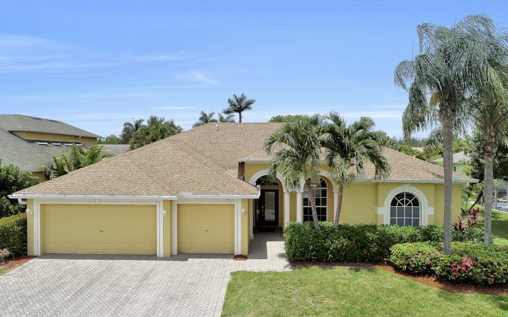 14530 Calusa Palms Dr, Fort Myers - Home For Sale 765741069