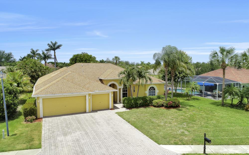 14530 Calusa Palms Dr, Fort Myers - Home For Sale 1593507723