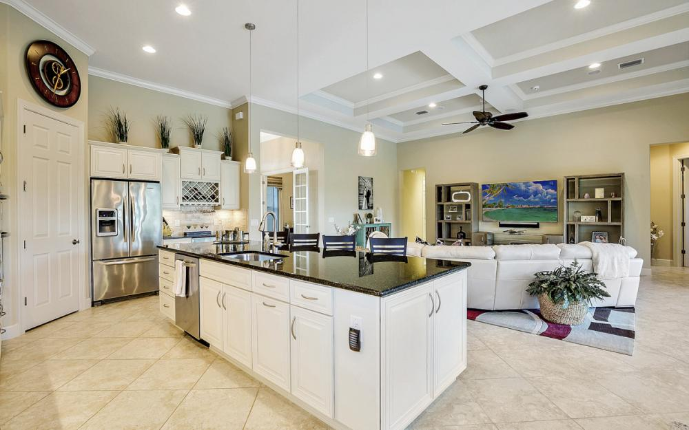 9286 Quarry Dr, Naples - Home For Sale 822446350