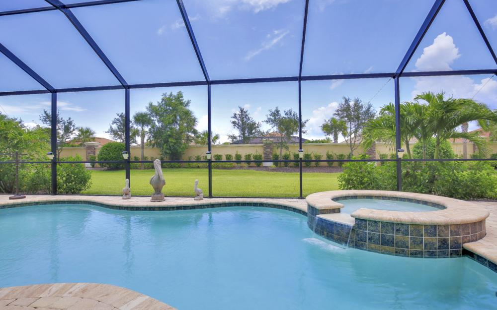 9286 Quarry Dr, Naples - Home For Sale 2134898574
