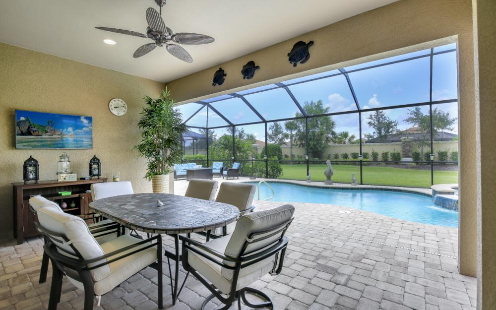 9286 Quarry Dr, Naples - Home For Sale 157517500