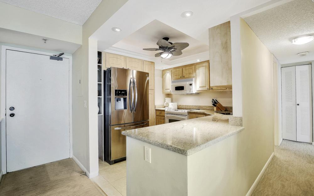 320 Seaview Ct #1009 Marco Island - Condo For Sale 1376903138