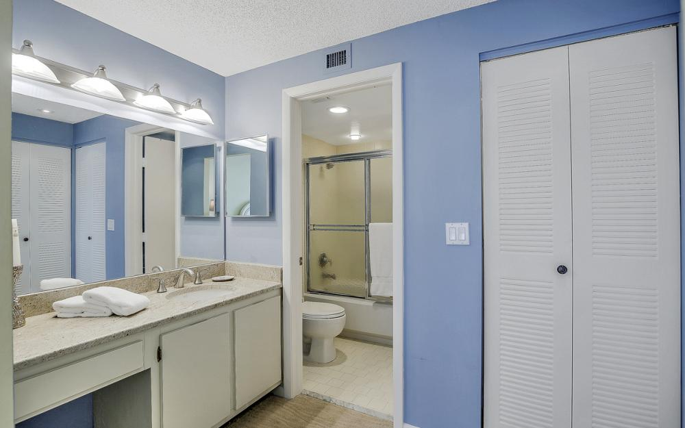 320 Seaview Ct #1009 Marco Island - Condo For Sale 618367932