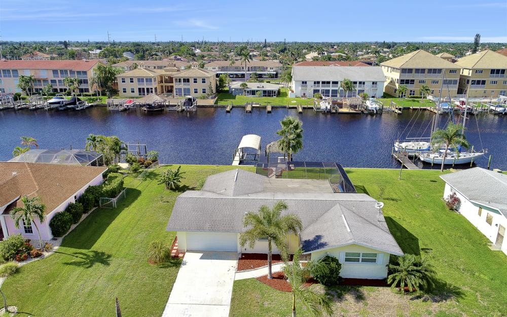 1705 SE 43rd St, Cape Coral - Home For Sale 1166241873