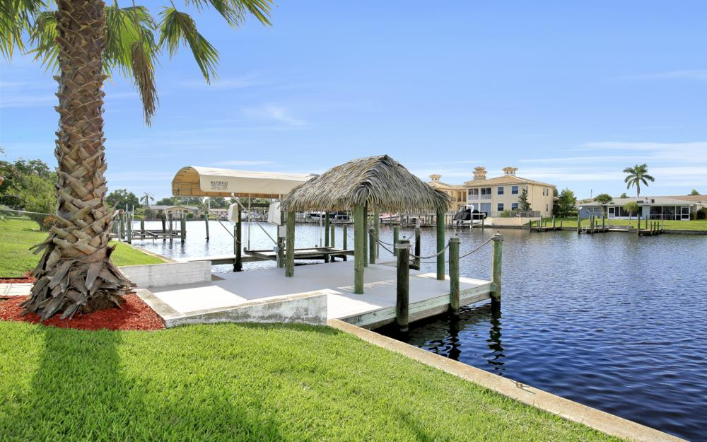1705 SE 43rd St, Cape Coral - Home For Sale 1843925241