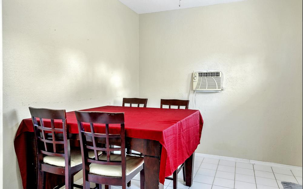 2926 47th St SW, Naples - Home For Sale 391562300