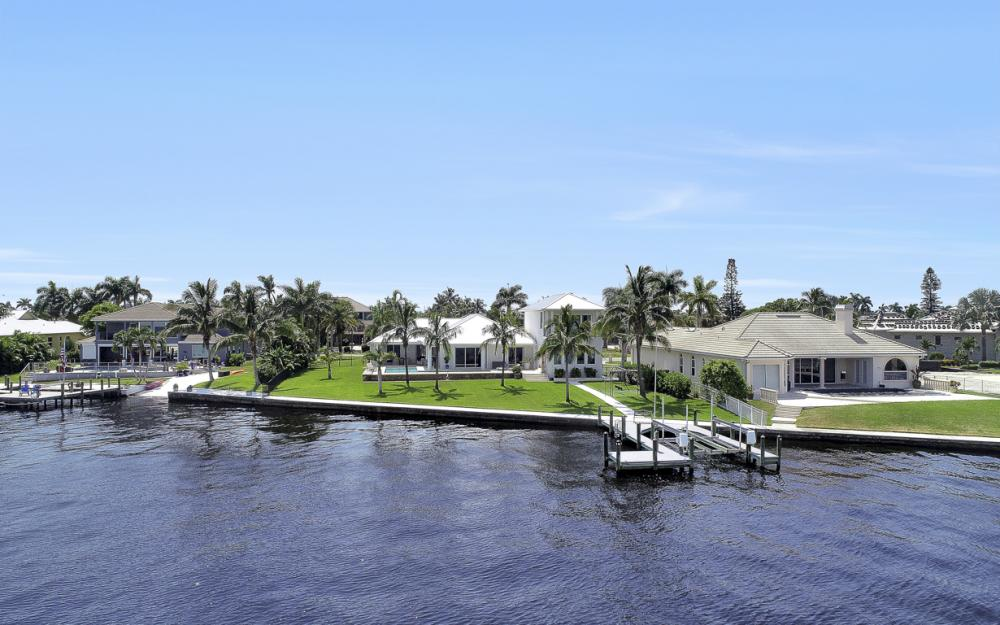 5625 Riverside Dr Cape Coral - Home For Sale 1319256539
