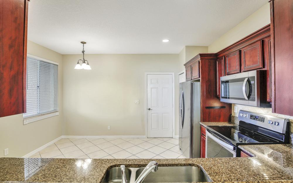 9569 Roundstone Cir,Fort Myers - Home For Sale 696340110
