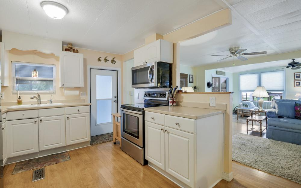 11360 Dogwood Ln, Fort Myers Beach - Home For Sale 224731917