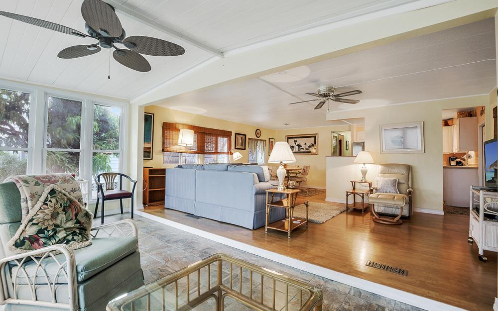 11360 Dogwood Ln, Fort Myers Beach - Home For Sale 945333269
