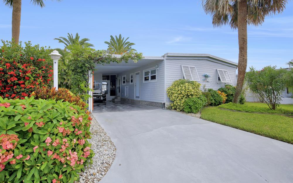11360 Dogwood Ln, Fort Myers Beach - Home For Sale 554173761