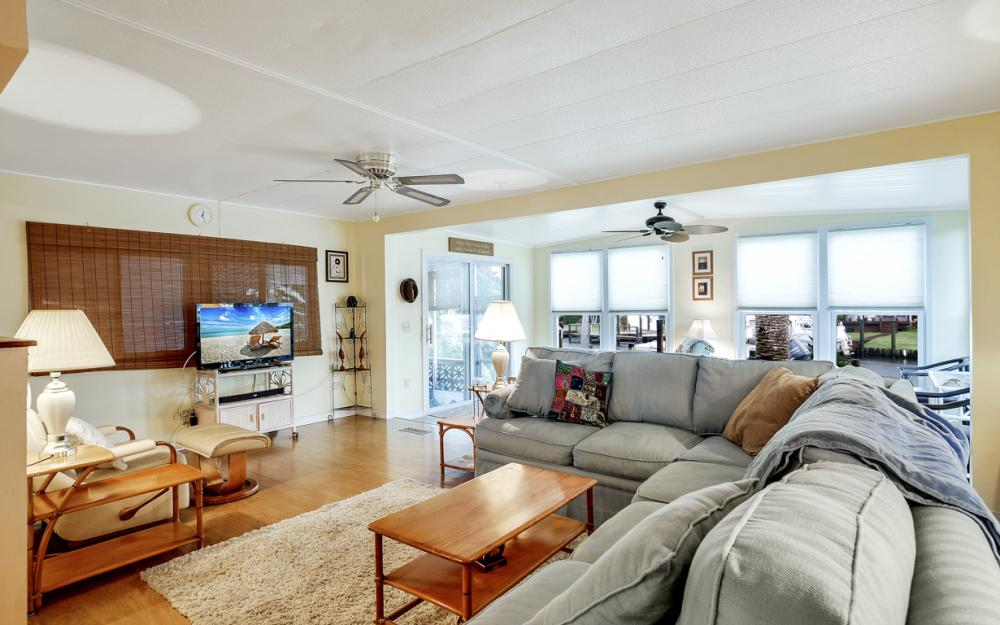 11360 Dogwood Ln, Fort Myers Beach - Home For Sale 1262837950