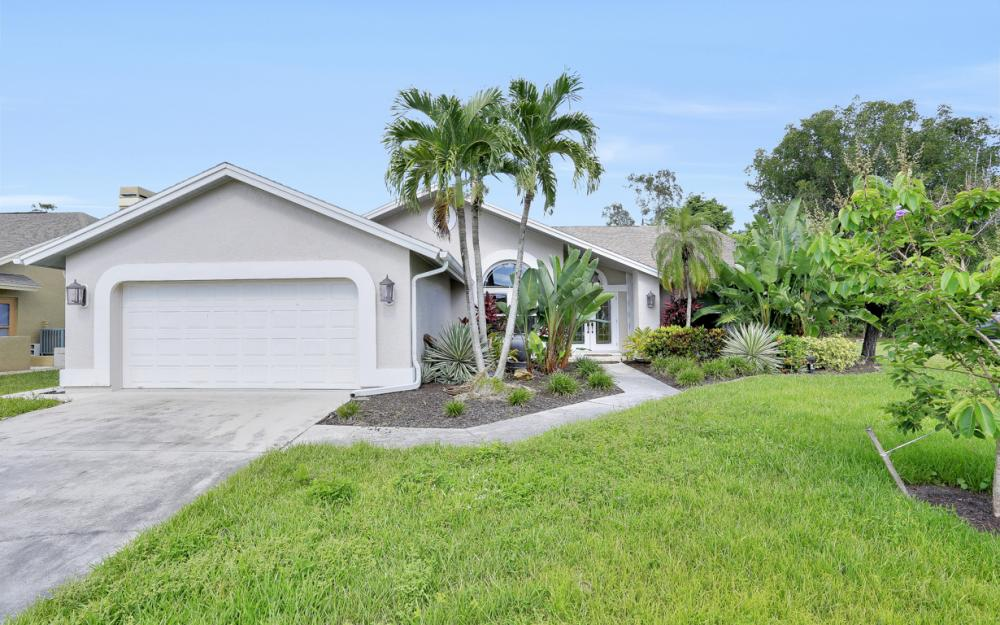 14941 Mahoe Ct, Fort Myers - Home For Sale 2027594733