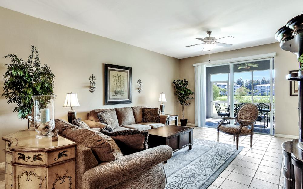 16685 Lake Circle Dr #1012, Fort Myers - Condo For Sale 848913374