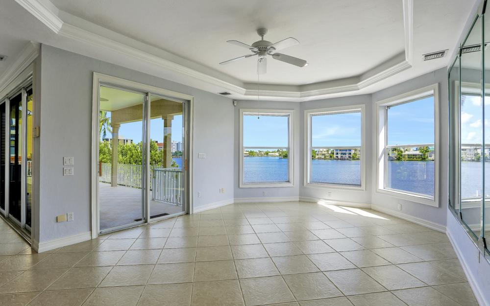 307 Oak Ave, Naples - Home For Sale 320434051