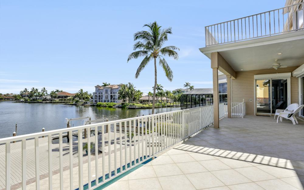 307 Oak Ave, Naples - Home For Sale 2117377832
