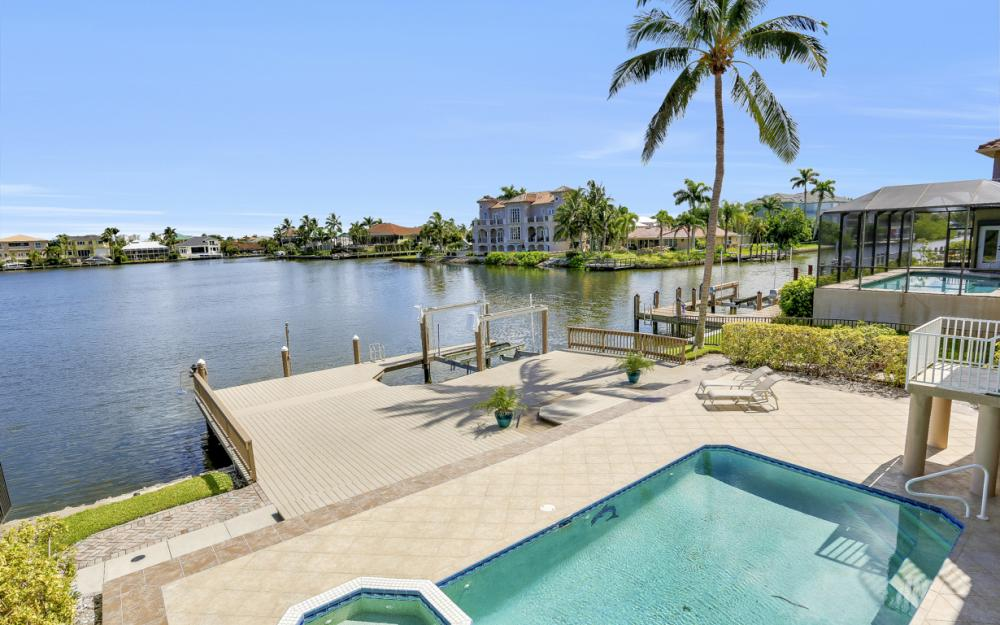 307 Oak Ave, Naples - Home For Sale 1929155377