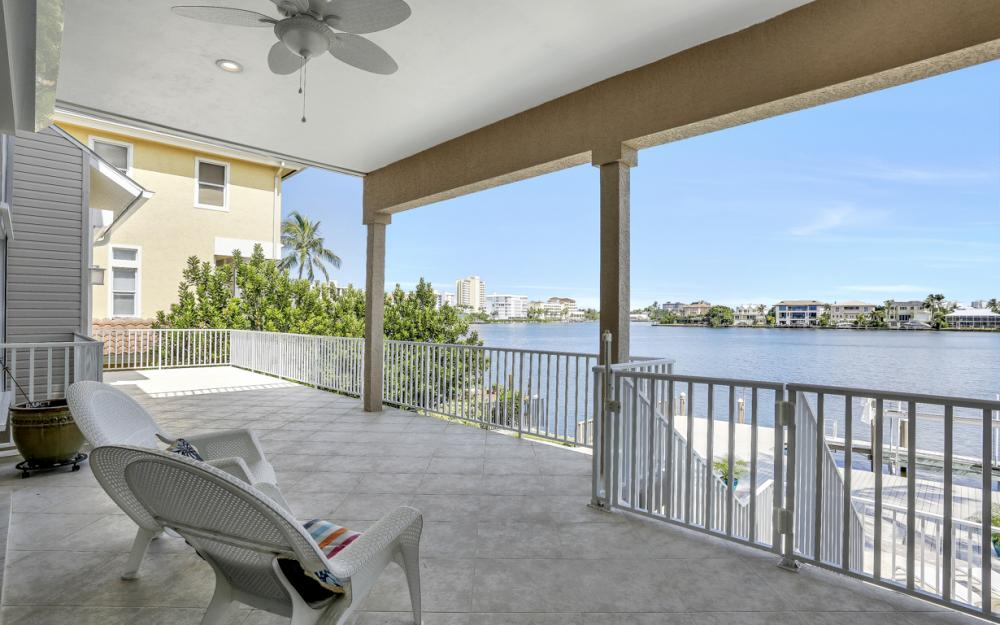 307 Oak Ave, Naples - Home For Sale 59335697
