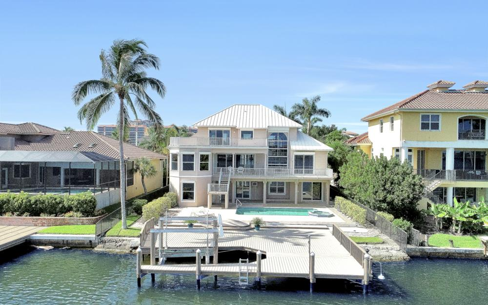 307 Oak Ave, Naples - Home For Sale 1047747260