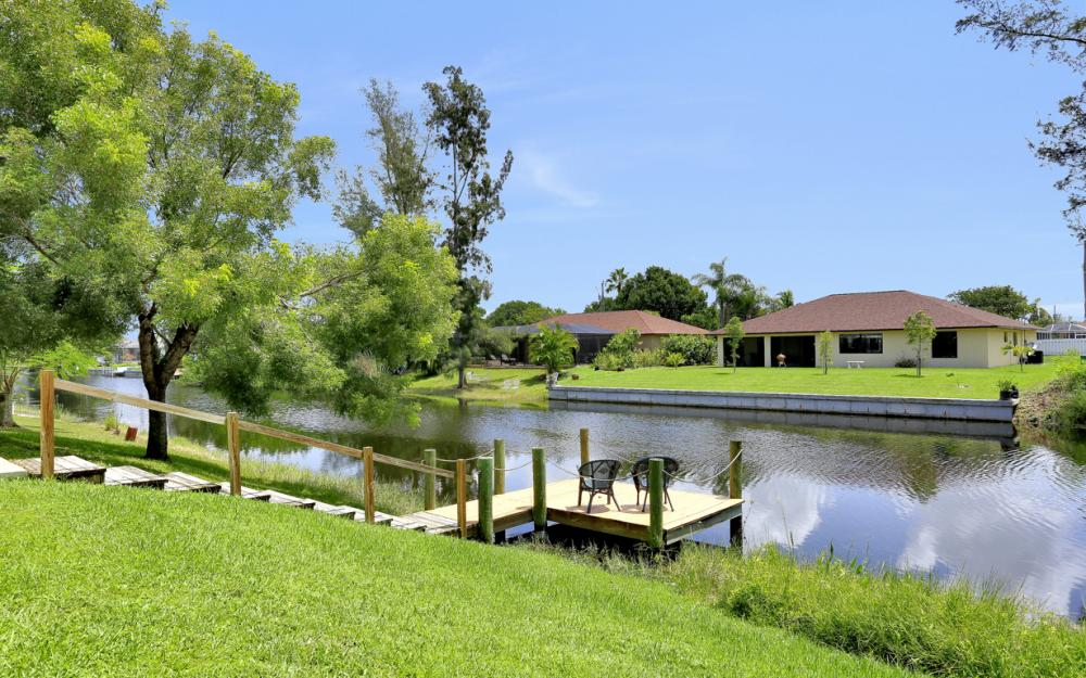 1203 SW 15th Pl, Cape Coral - Home For Sale 1335947302