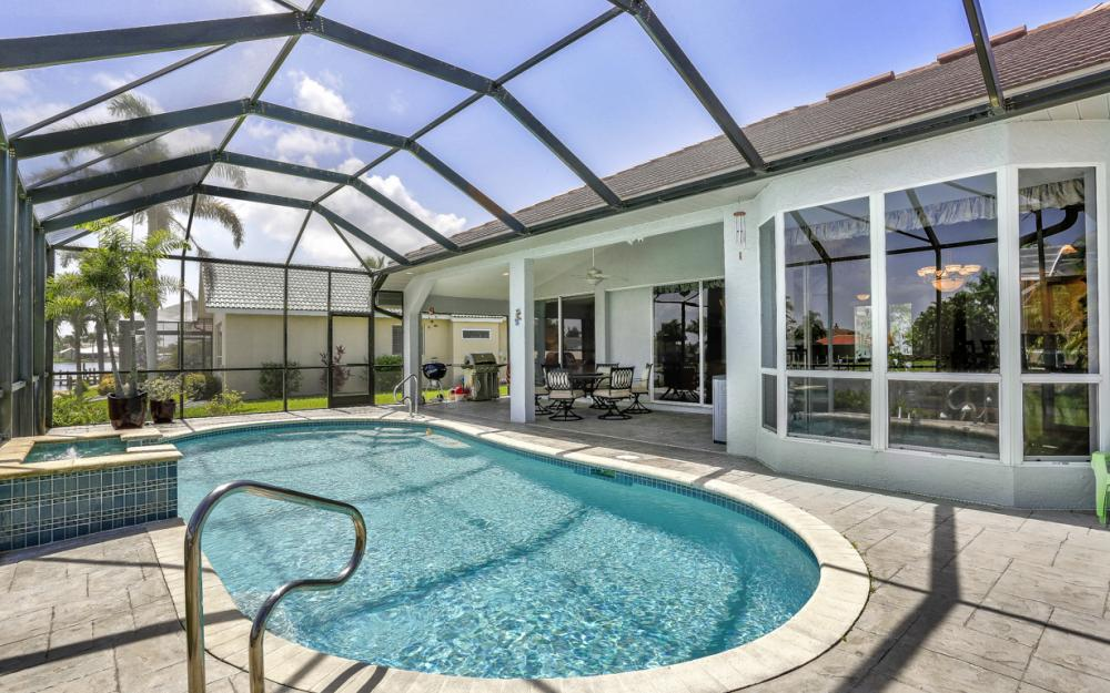 1187 SW 57th St, Cape Coral - Home For Sale 42690808