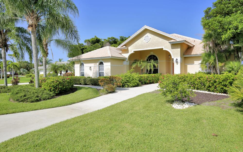 28901 Trenton Ct, Bonita Springs - Home For Sale 1659025471