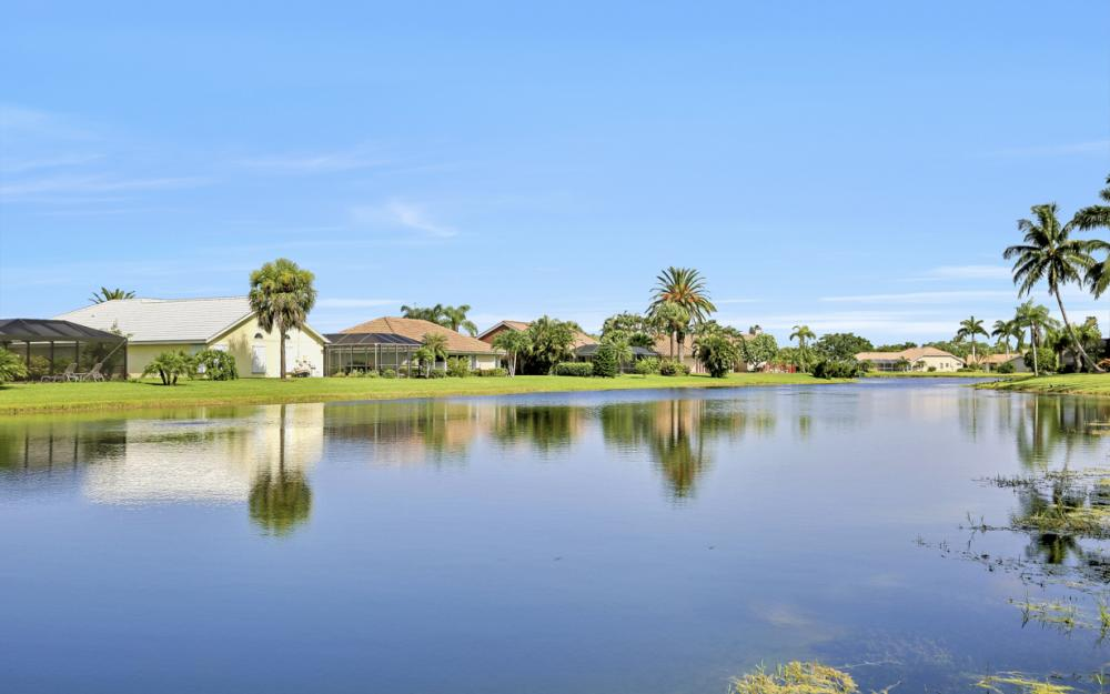 28901 Trenton Ct, Bonita Springs - Home For Sale 1098225173