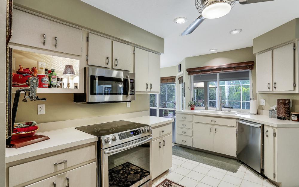 16208 Forest Oaks Dr, Fort Myers - Home For Sale 376631960
