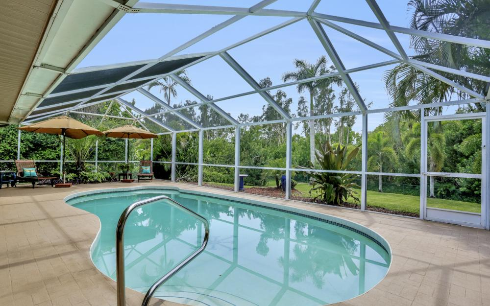 16208 Forest Oaks Dr, Fort Myers - Home For Sale 746111776