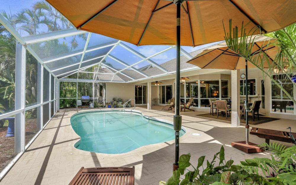 16208 Forest Oaks Dr, Fort Myers - Home For Sale 2076315193