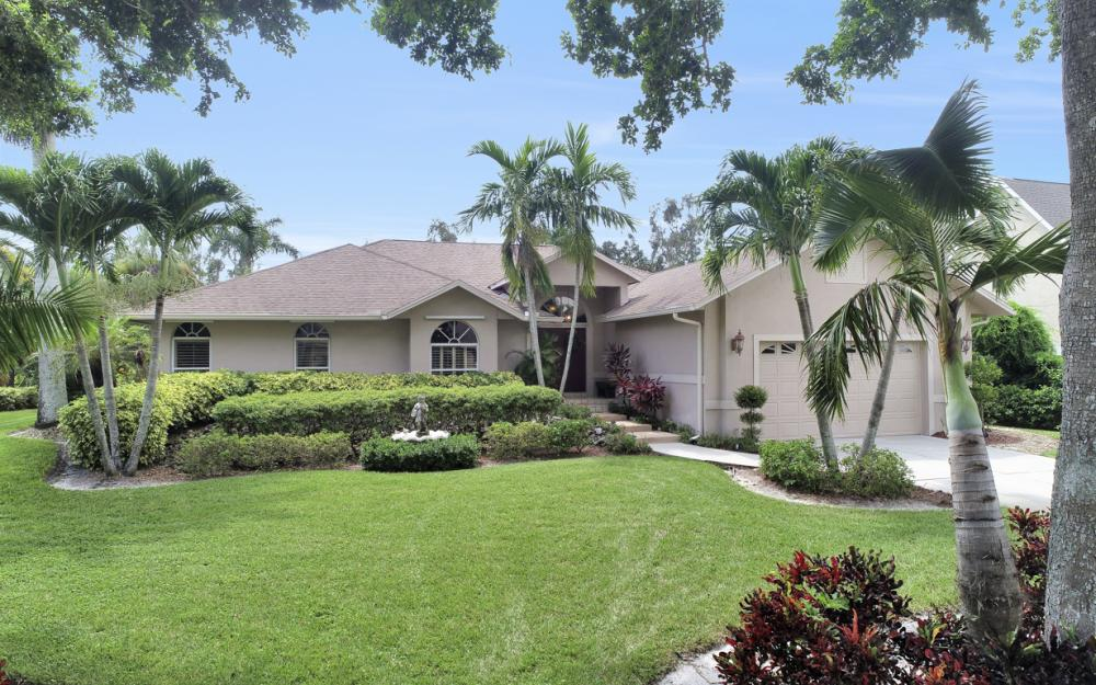 16208 Forest Oaks Dr, Fort Myers - Home For Sale 1227195114