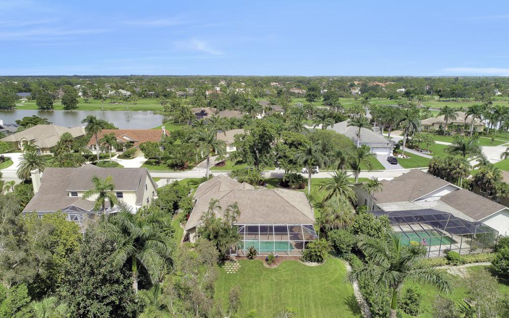 16208 Forest Oaks Dr, Fort Myers - Home For Sale 1008577053