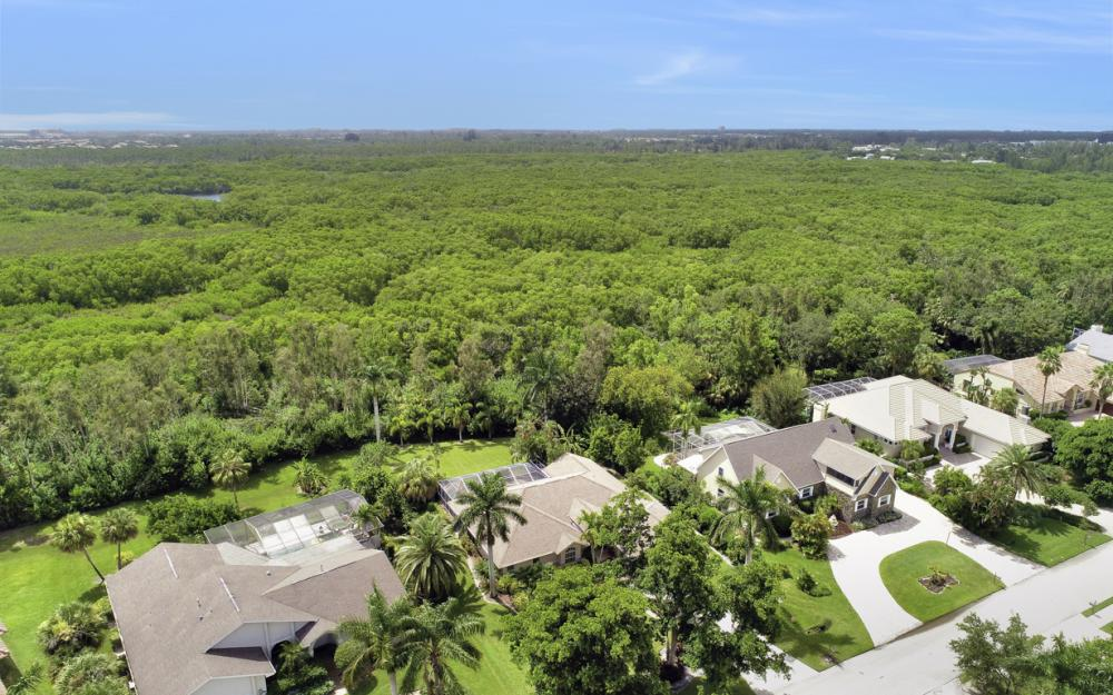 16208 Forest Oaks Dr, Fort Myers - Home For Sale 1335356401
