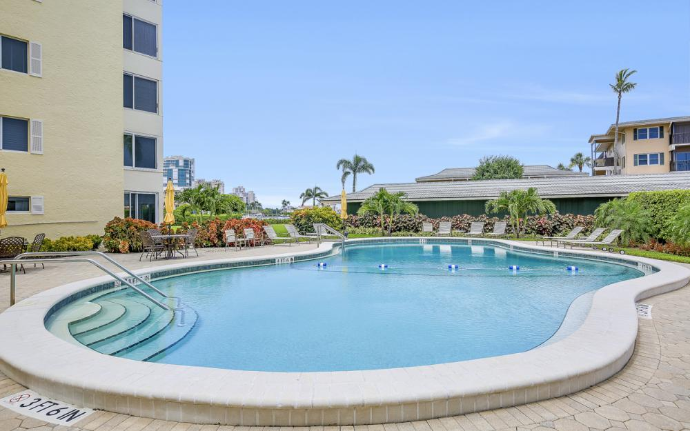3420 Gulf Shore Blvd N #14, Naples - Condo For Sale 366322945