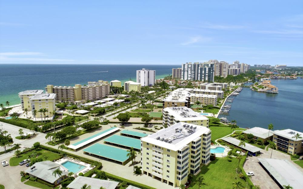 3420 Gulf Shore Blvd N #14, Naples - Condo For Sale 272390962