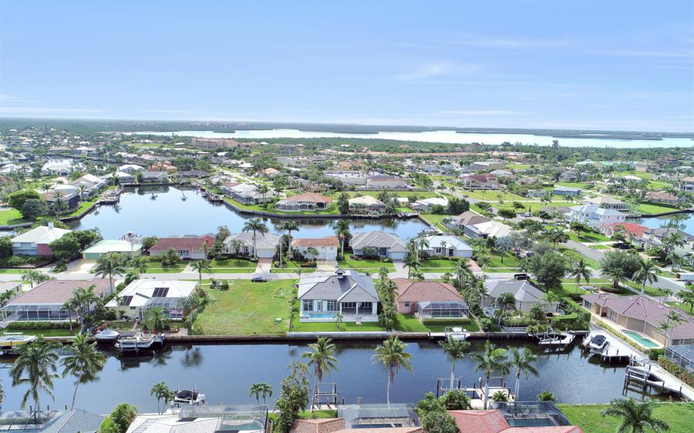 32 Gulfport Ct, Marco Island - Home For Sale 1337476608