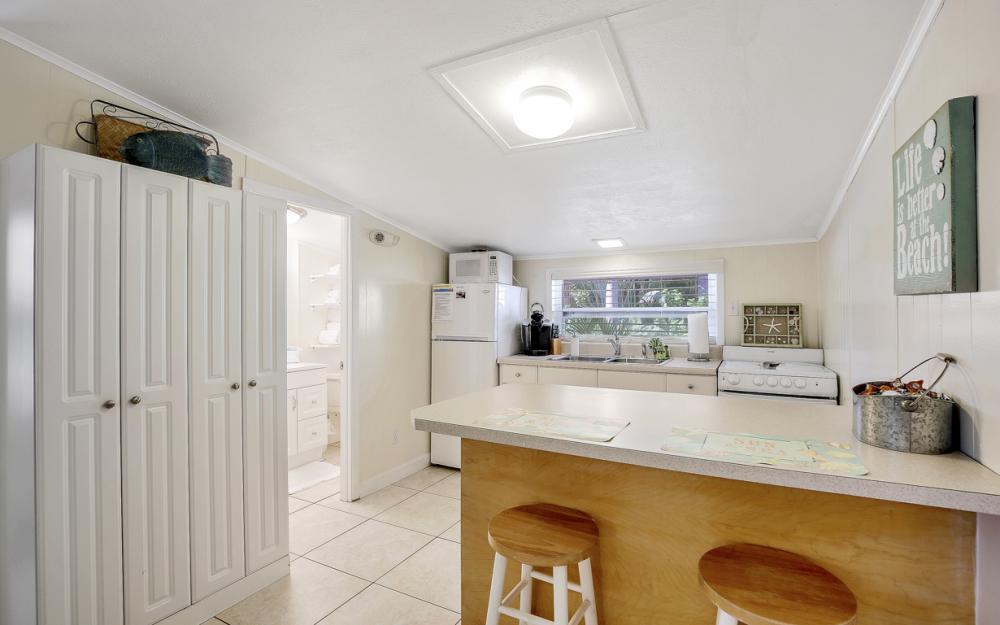 228 Fairweather Ln, Fort Myers Beach - Vacation Rental 487112716