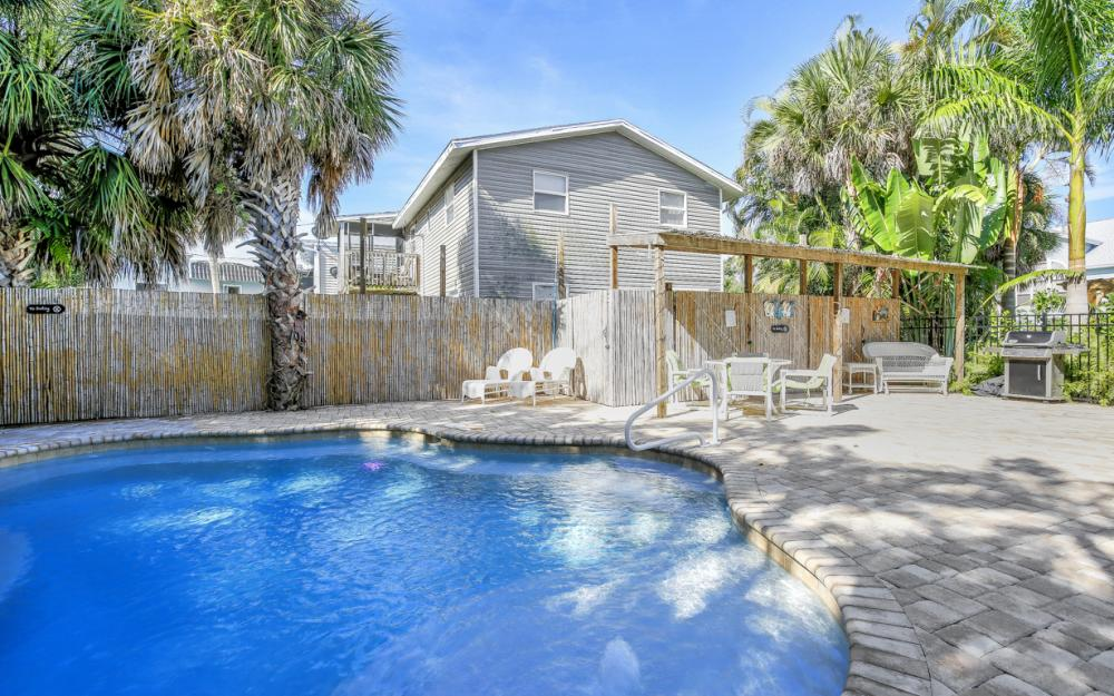 228 Fairweather Ln, Fort Myers Beach - Vacation Rental 667532866