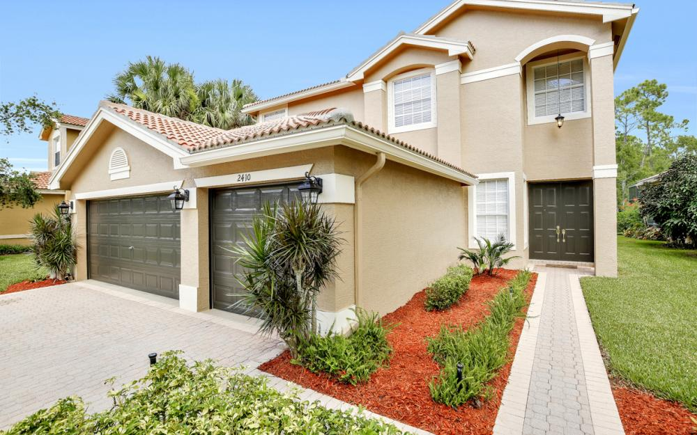 2410 Butterfly Palm Dr, Naples - Home For Sale 1296349990